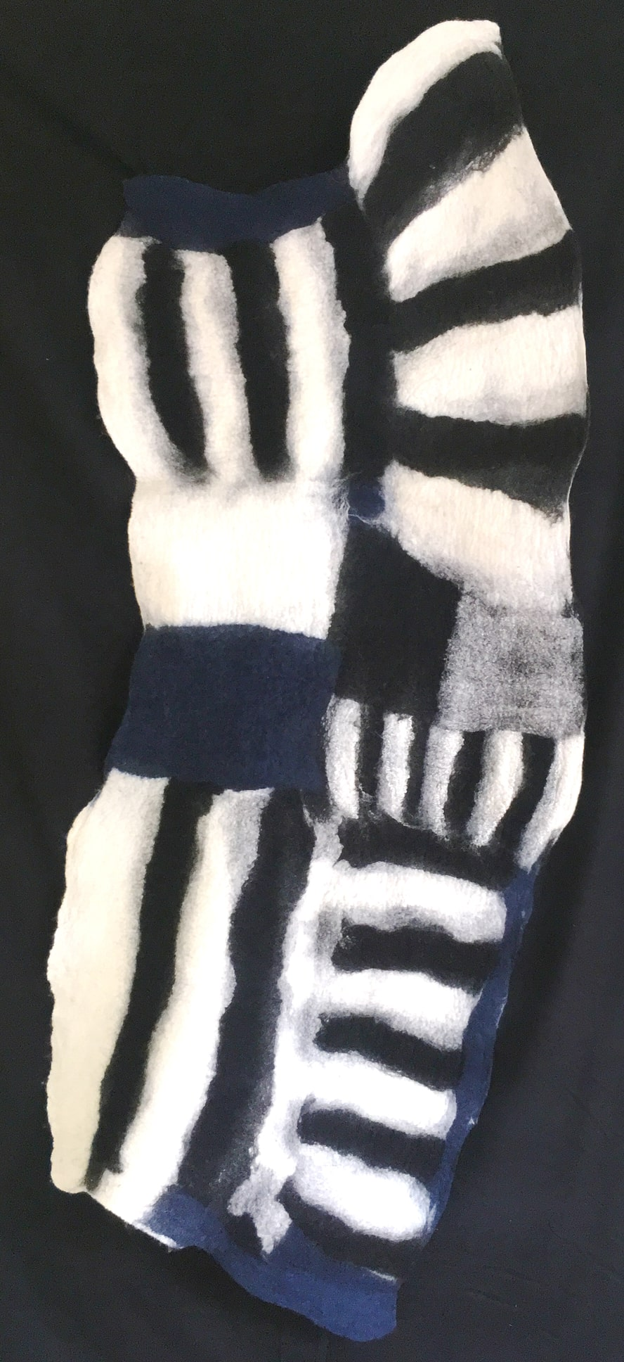 Blue Black White, 2019