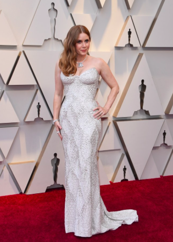 Amy Adams in a white Atelier Versace gown.
