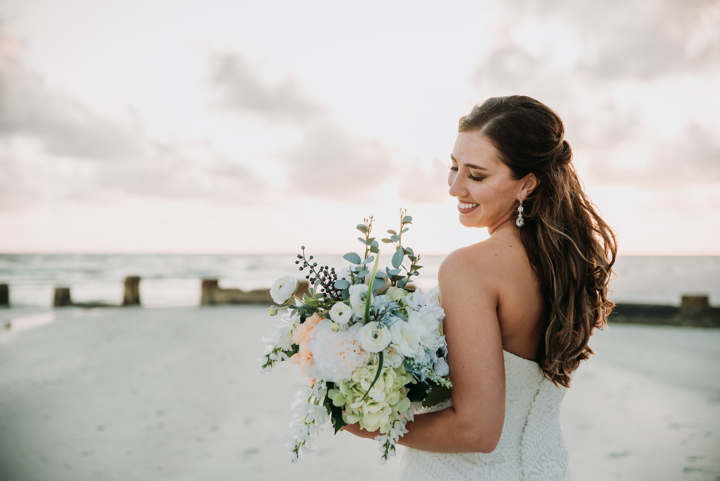 honeymoonislandbeachweddingFLbeachesFLbeachweddingbeachweddingtampaweddings-647.jpg