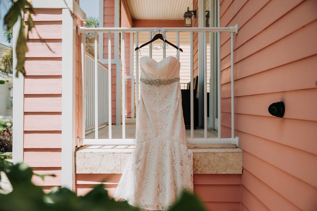 honeymoon-island-wedding-anastasia-noel-4.jpg