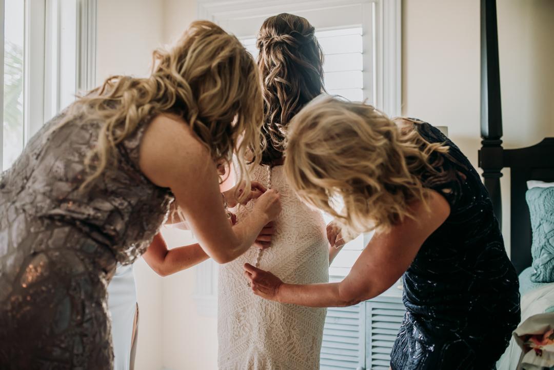 honeymoon-island-wedding-anastasia-noel-22.jpg