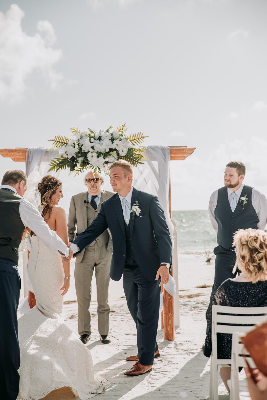 honeymoon-island-wedding-anastasia-noel-90.jpg