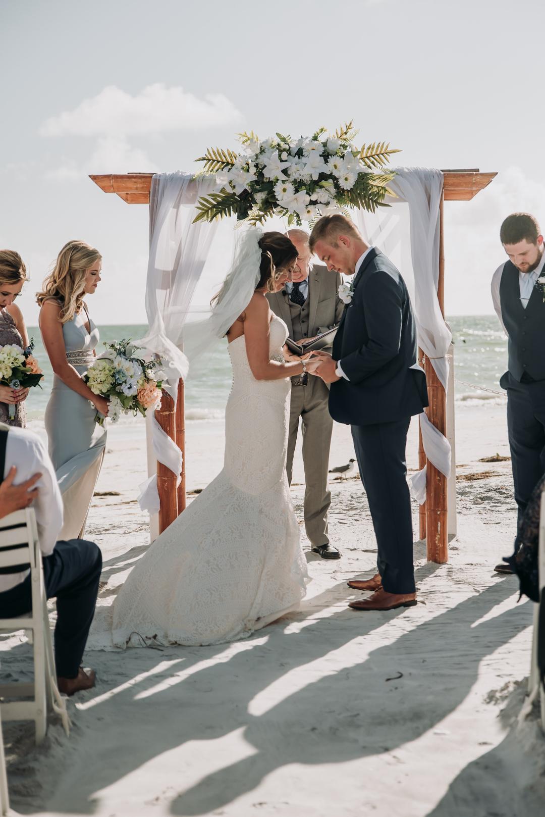honeymoon-island-wedding-anastasia-noel-100.jpg
