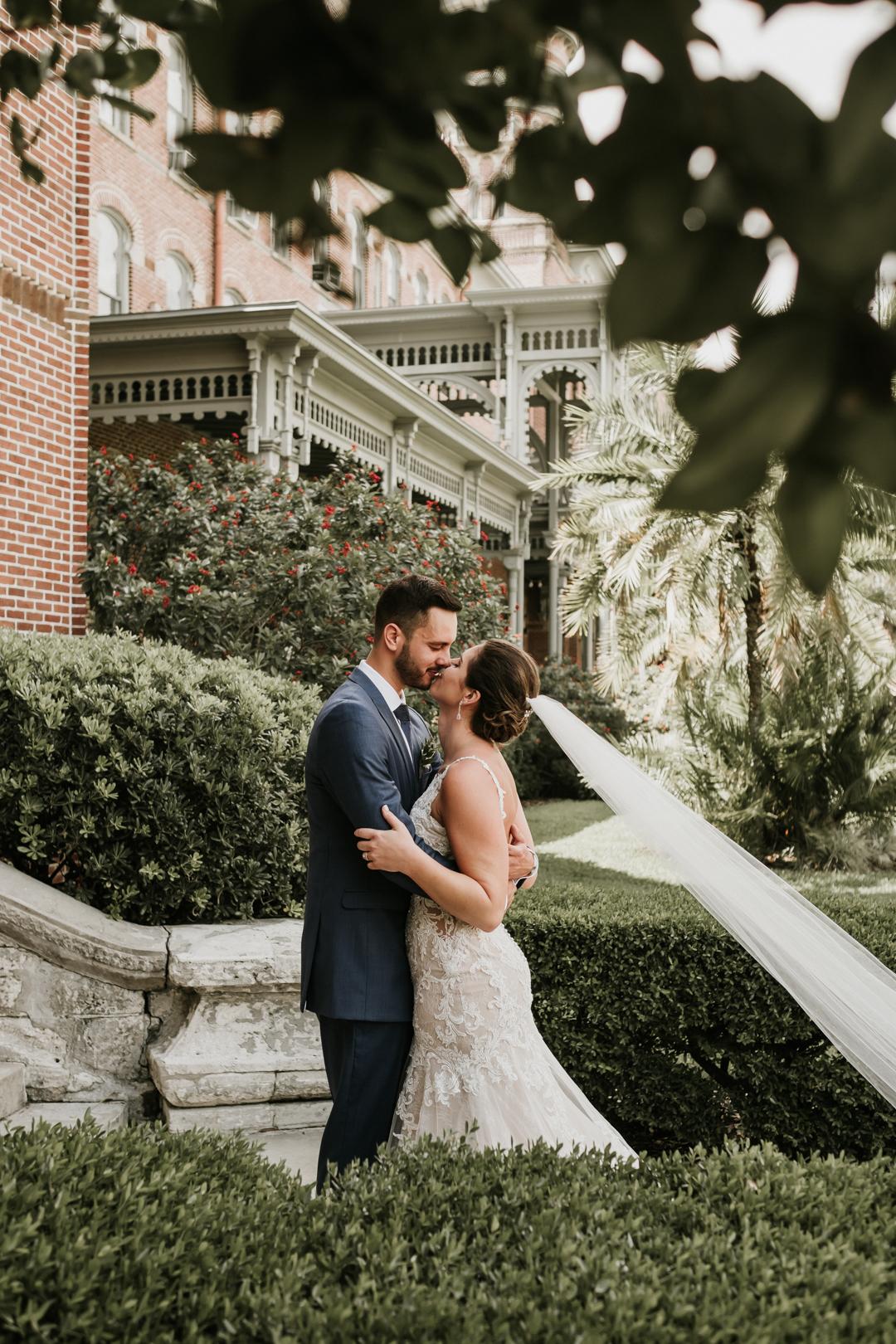 cavu-tampa-wedding-charlie-lauren-33.jpg