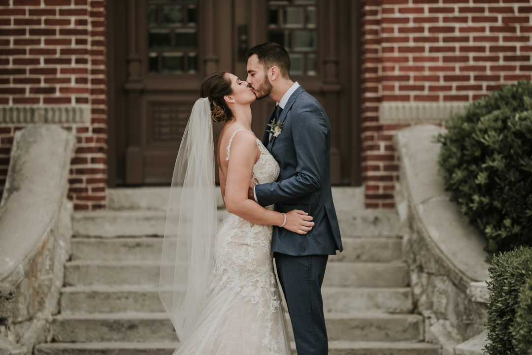 cavu-tampa-wedding-charlie-lauren-37.jpg