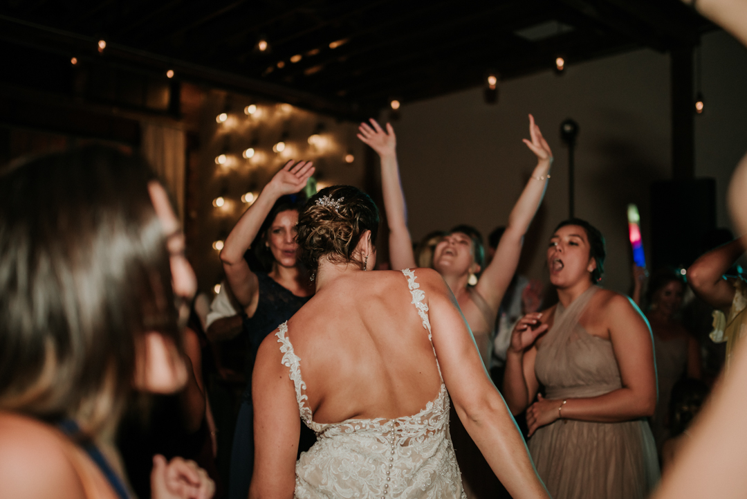 cavu-tampa-wedding-charlie-lauren-116.jpg