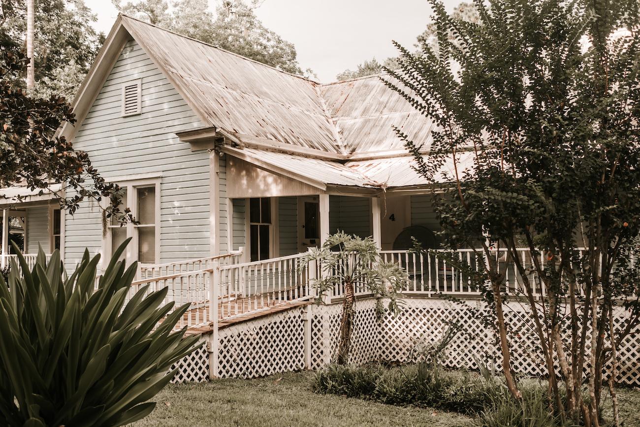 Saxon-Manor-Tampa-Weddings-123.jpeg