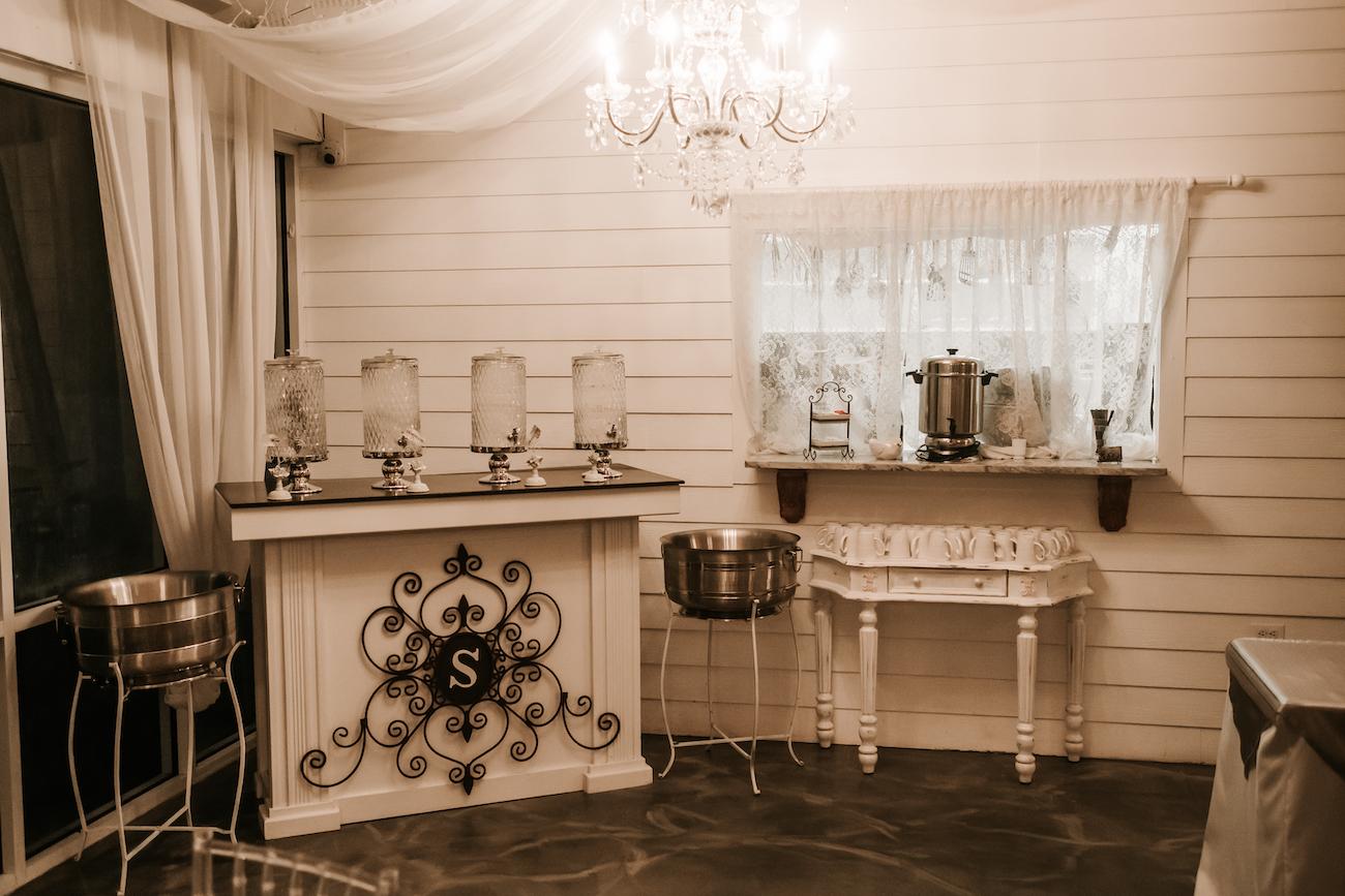 Saxon-Manor-Tampa-Weddings-289.jpeg