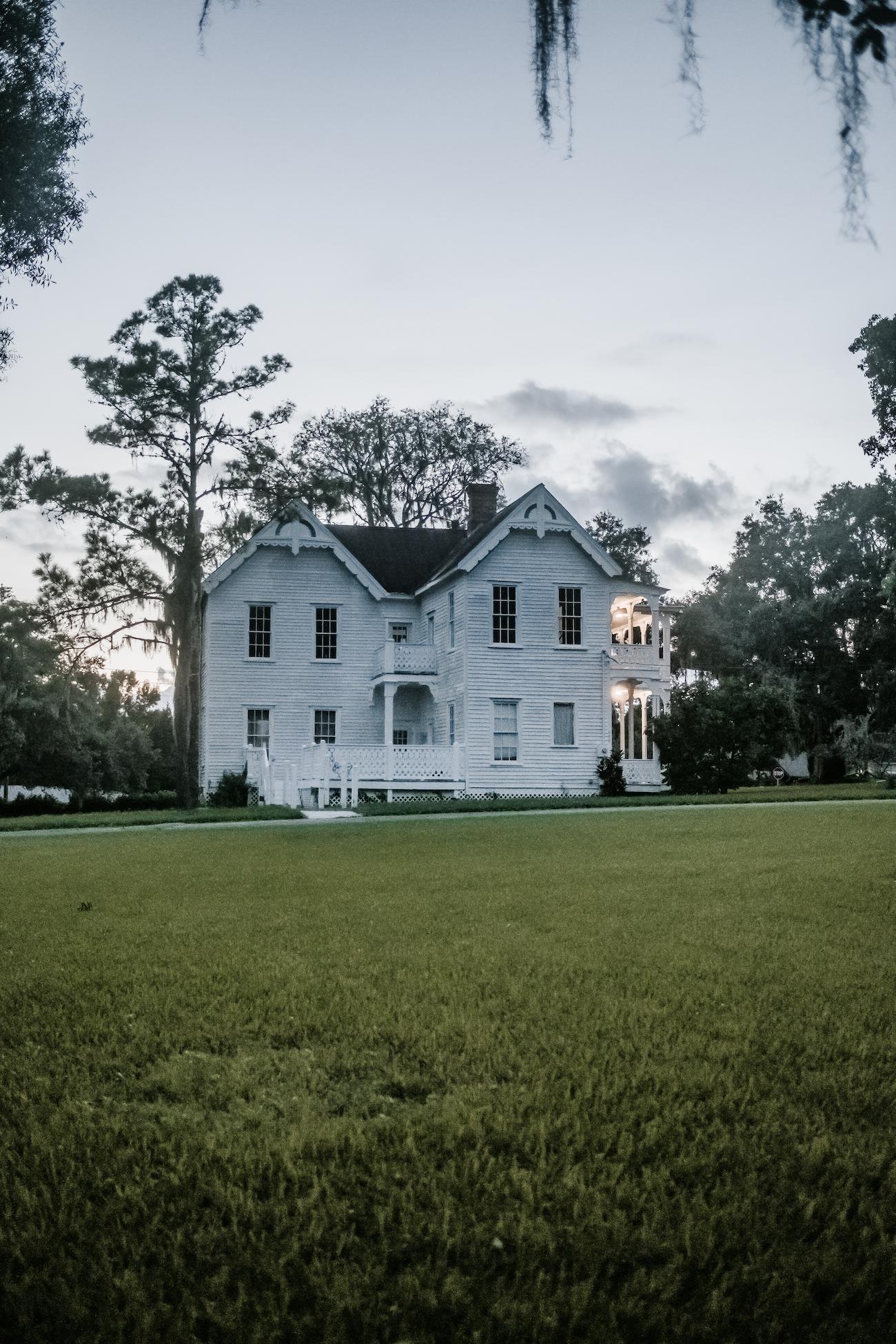 Saxon-Manor-Tampa-Weddings-291.jpeg