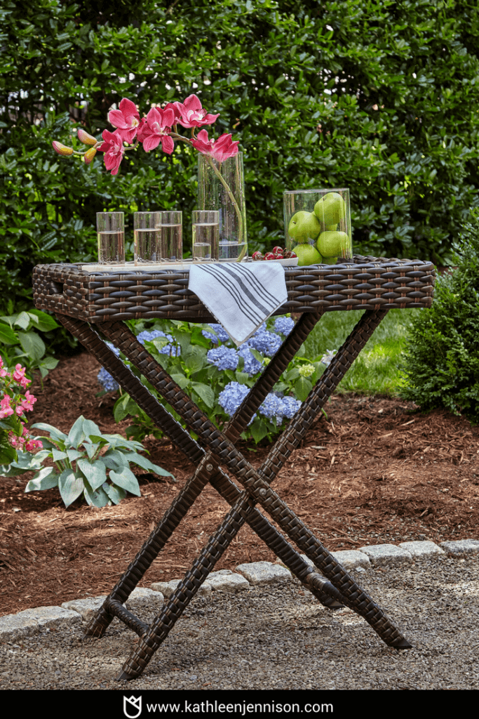 How to Design an Outdoor Living Space in 5 Easy Steps-2