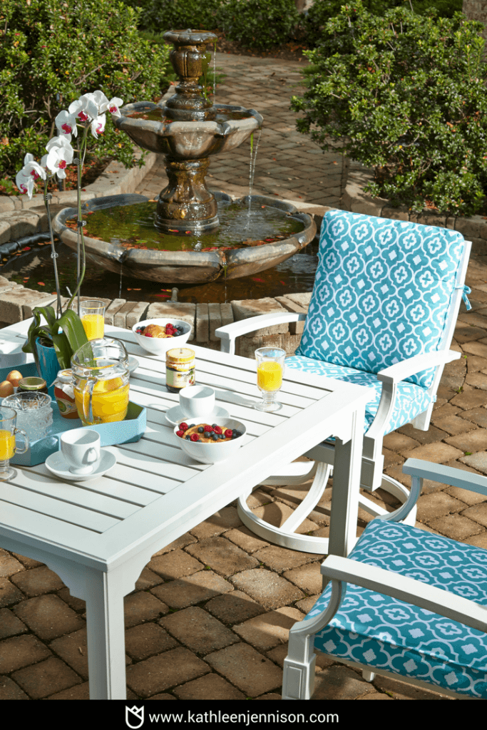 How to Design an Outdoor Living Space in 5 Easy Steps-8