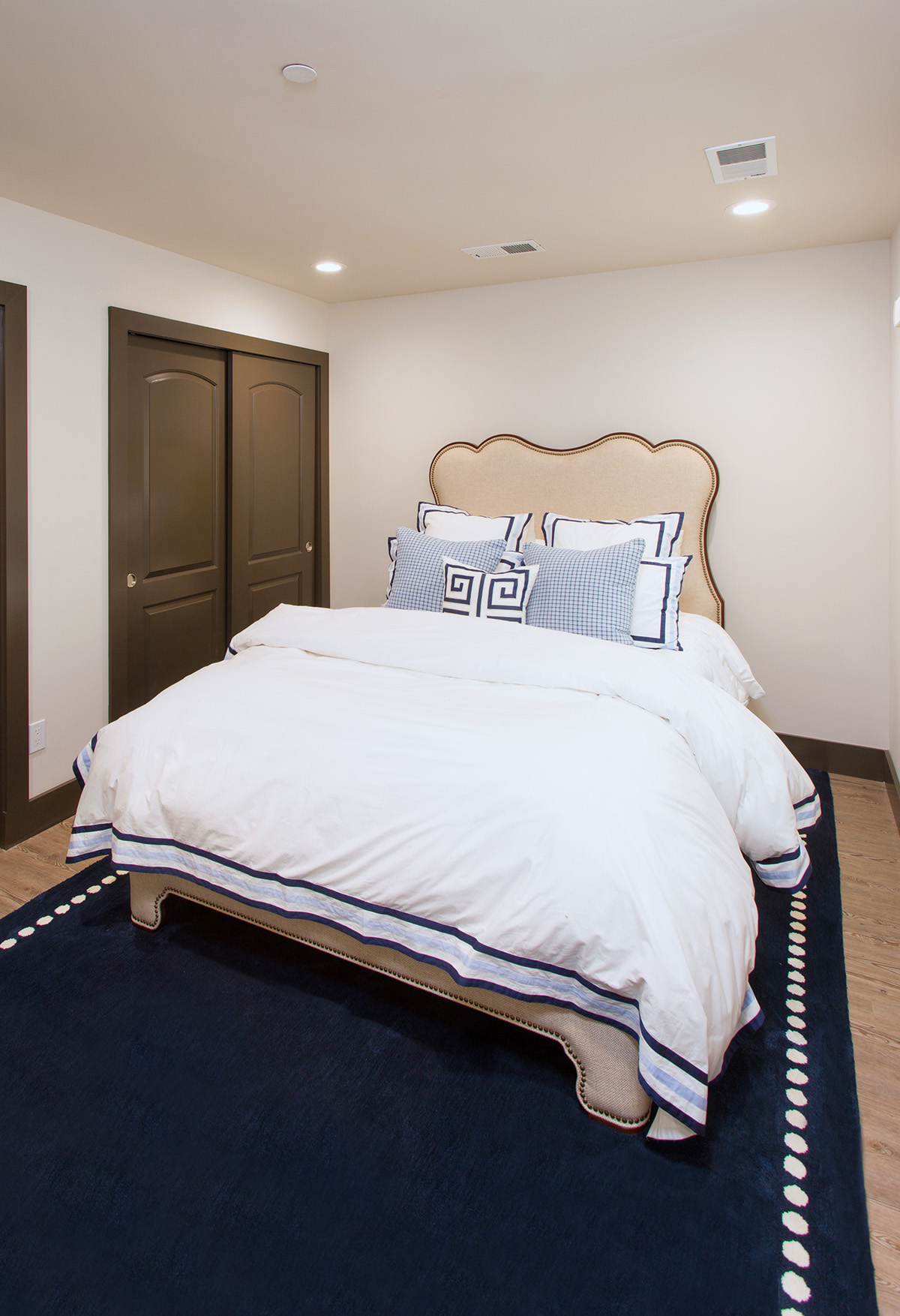 guest-bedroom-interior-design-los-altos-california-ktj-design-co-2.jpg