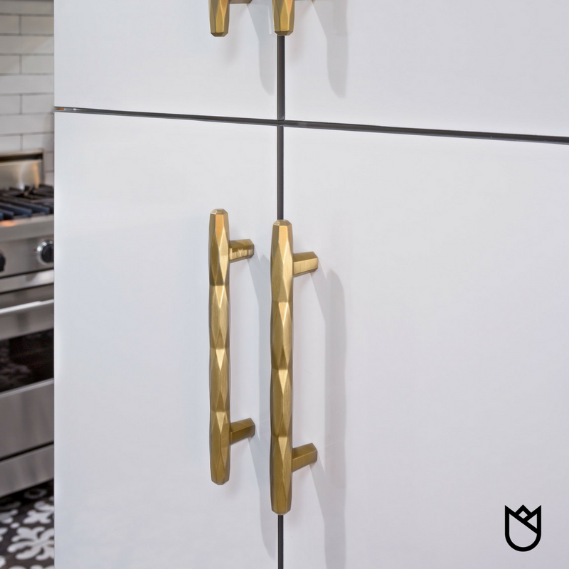 how-to-choose-cabinet-hardware-kitchen-remodel-stockton-ca-pulls.png