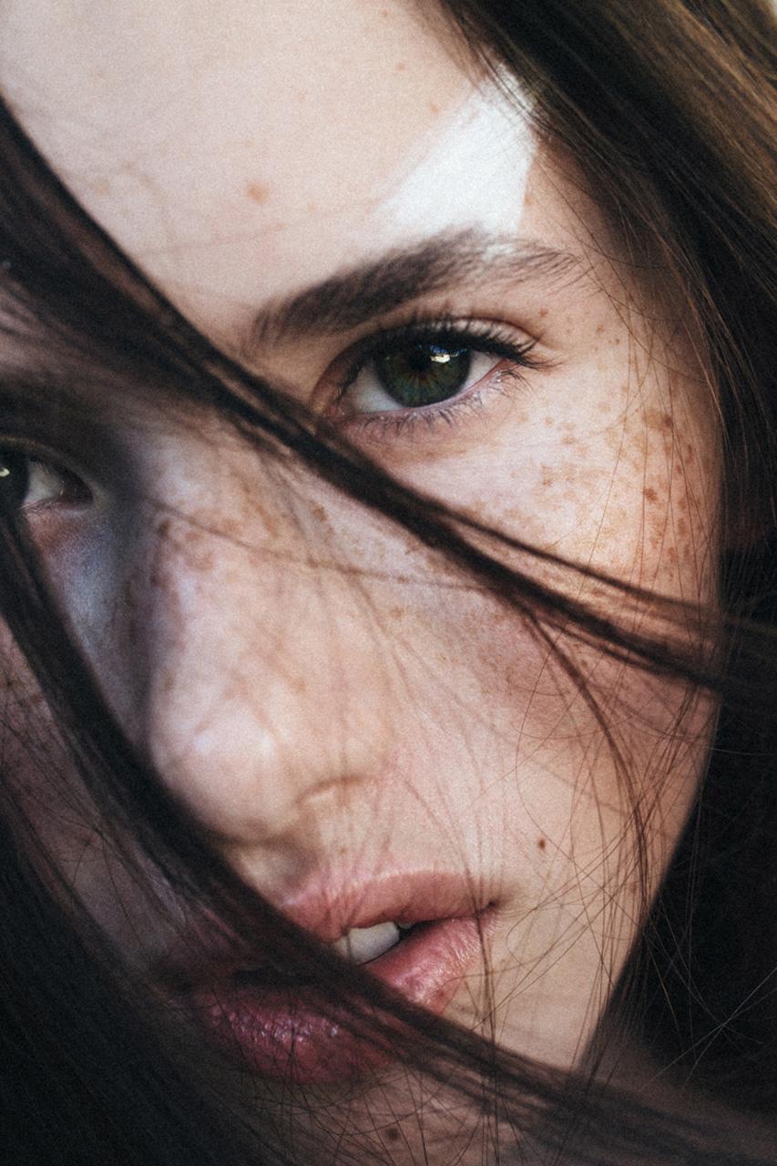 nadiaduca-makeup-artist-touched (6).jpg