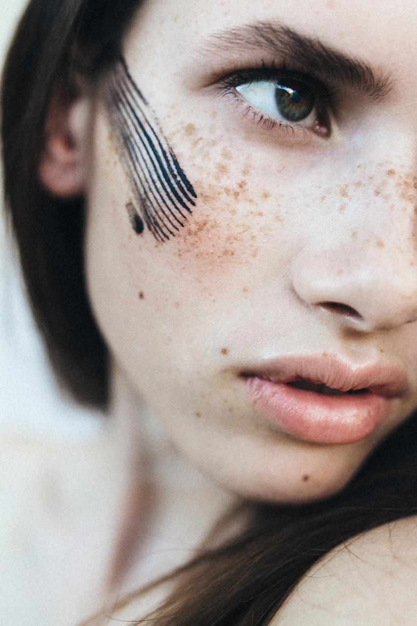nadiaduca-makeup-artist-touched (11).jpg