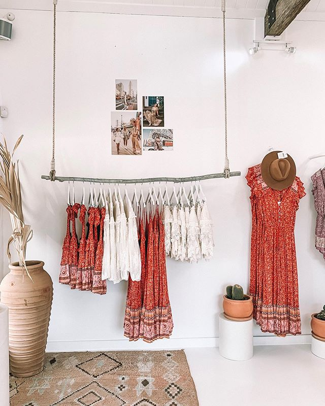 continuing the obsession with this boutique & i feel pretty confident i'm going to find a piece of wood & some rope & make a clothes rack for my apartment when i get home 🙂