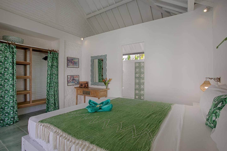 Villabedroom2.jpg