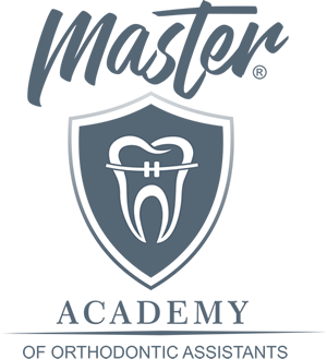 LOGO Master Academy.png