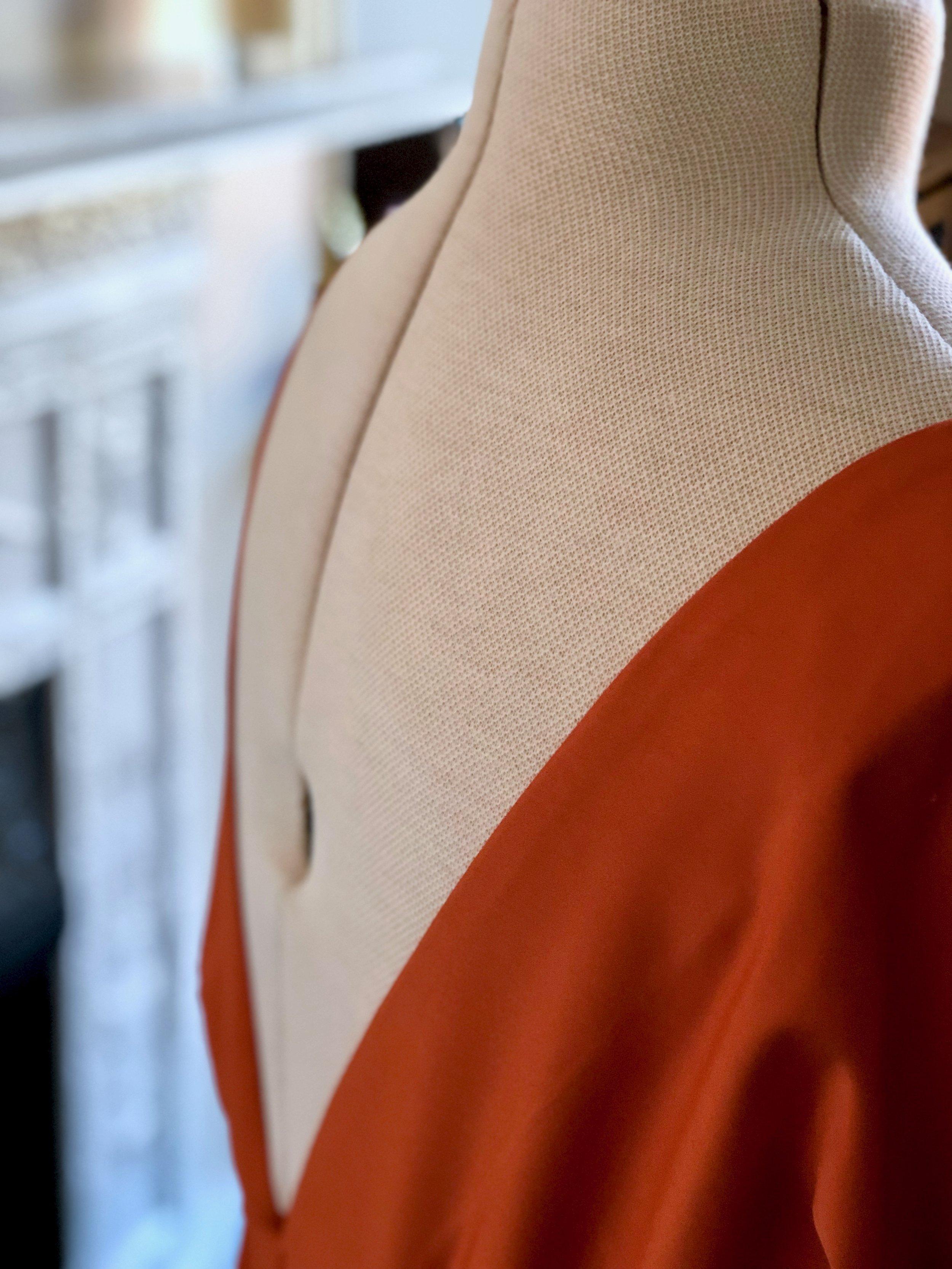 ORANGE BACKLESS DRESS