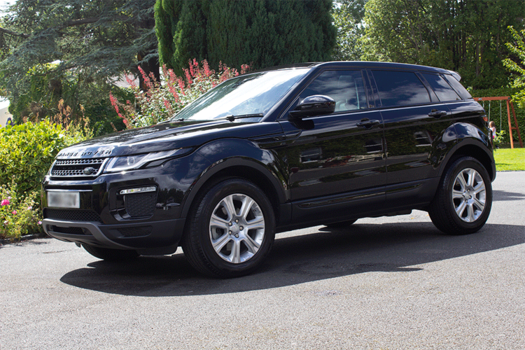 RR_EVOQUE_0003_IMG_4350.png