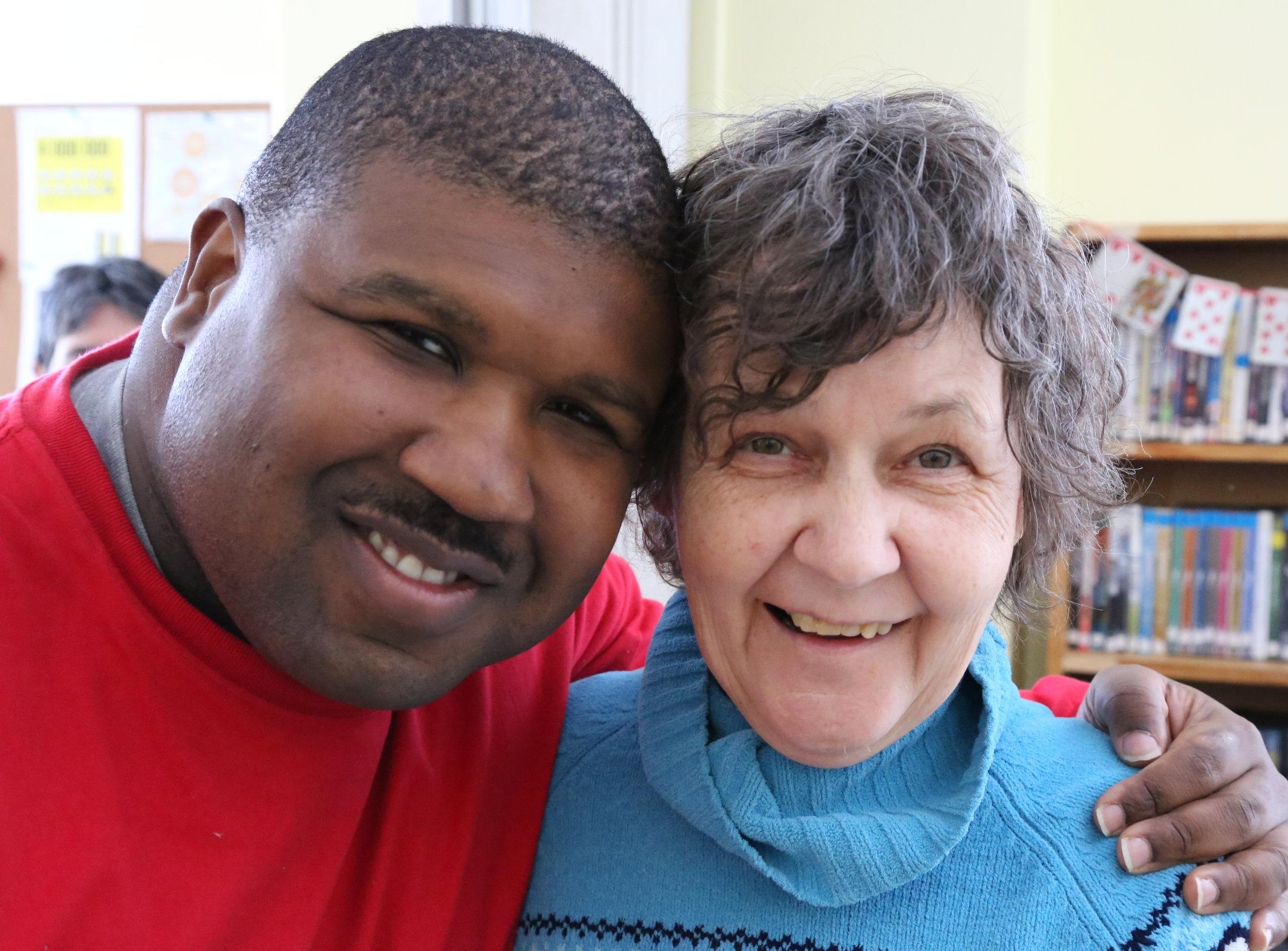 MISSION - Le CENTRE AU PUITS est un organisme communautaire qui a comme mission de favoriser l'inclusion et l'autodétermination des personnes présentant une déficience intellectuelle légère, un trouble du spectre de l'autisme et/ou une problématique de santé mentale.