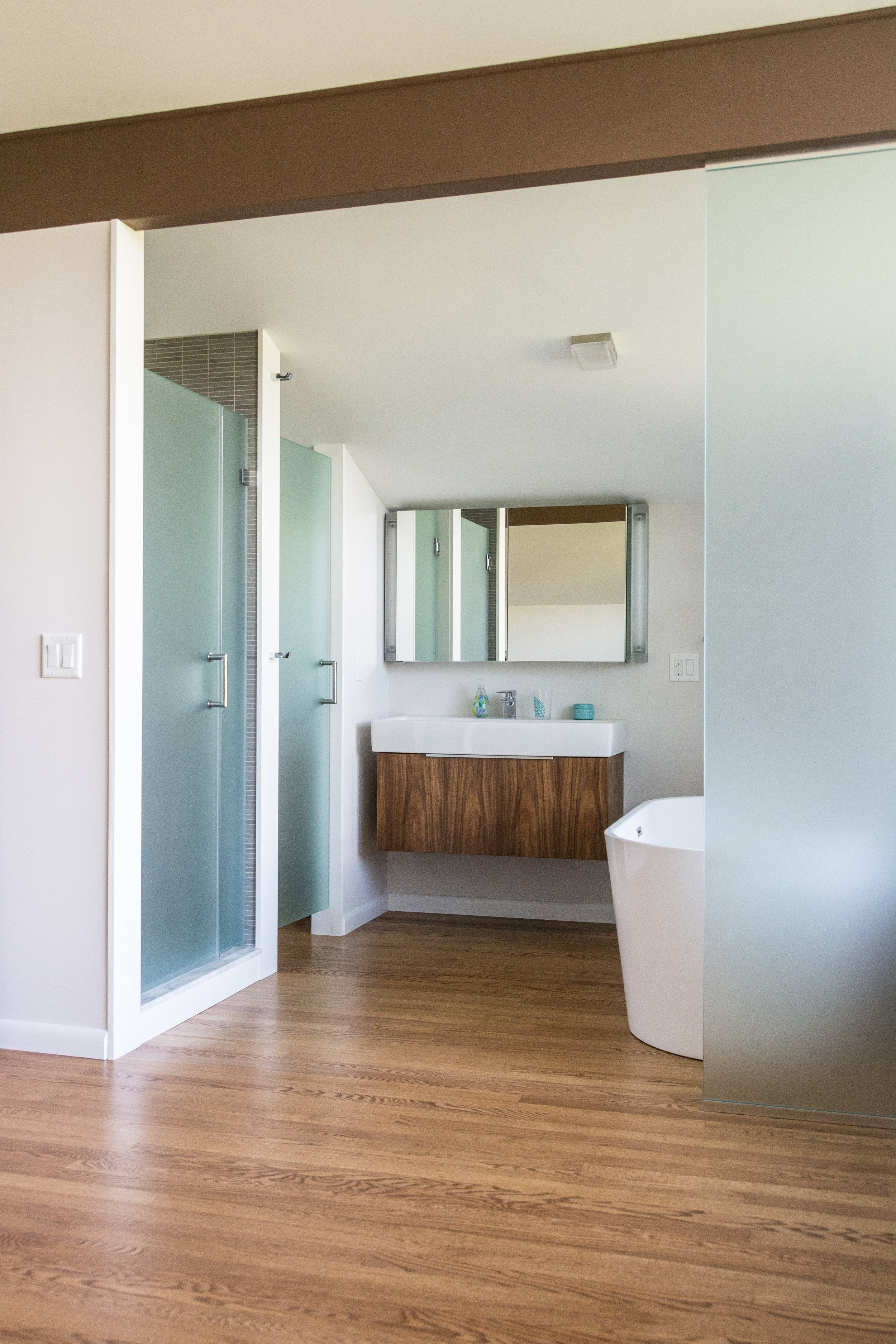 41 Cluett Dr_Master Bathroom-9587.jpg