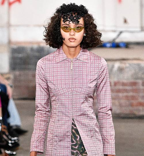 eyewear-sunglasses-trends-2019-274352-1544029254326-image.500x0c.jpg