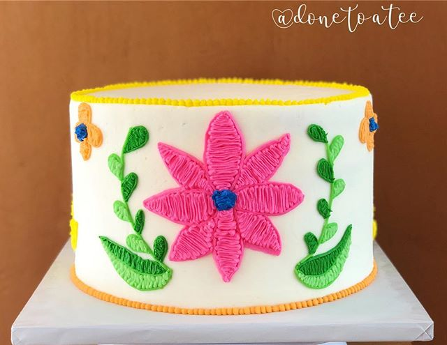 Ending the weekend with one of my favs! Hope you all had an AMAZING CINCO!!! 🌸🌸🌸 . . #fiesta  #fiestacake #baker #embroiderycake #pacificbeach #feedfeed  #cake  #fiestababyshower  #colorful #handmade  #sandiego #sandiegocakes #flowers  #babyshowercake #dessert #vanilla  #donetoatee #instacake #unique #buzzfeedfood #cakesbae  #sdfoodie  #lajolla #thebestinstafoods  #ilovecake #food52 #cakevideo #foodvideo  #buttercream