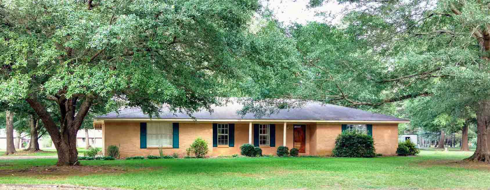 Oakwood Oasis, 320 Wilbrook Road, Brooksville, MS