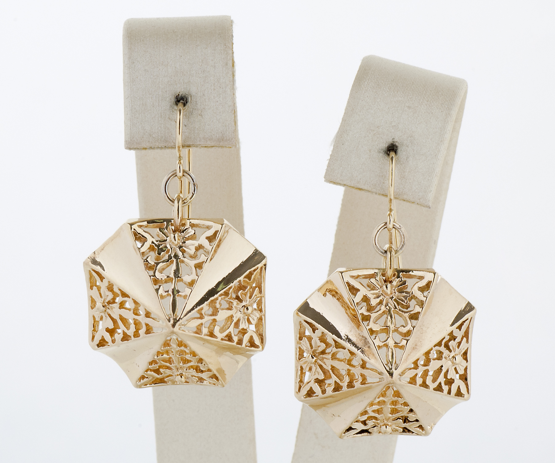 Vintage Yellow Gold Dangle