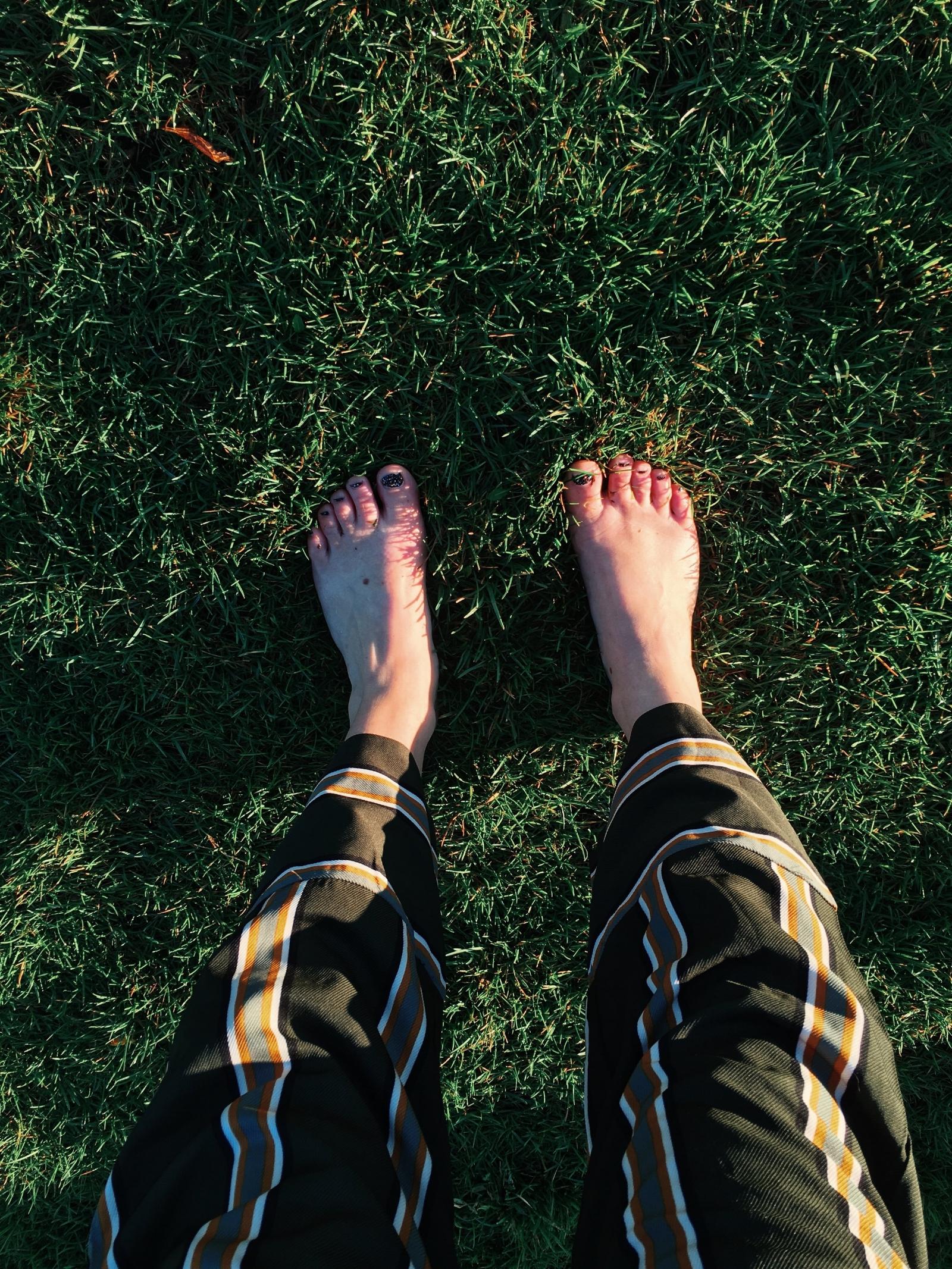 Numb toes.