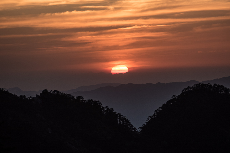 Sunset over Huangshan