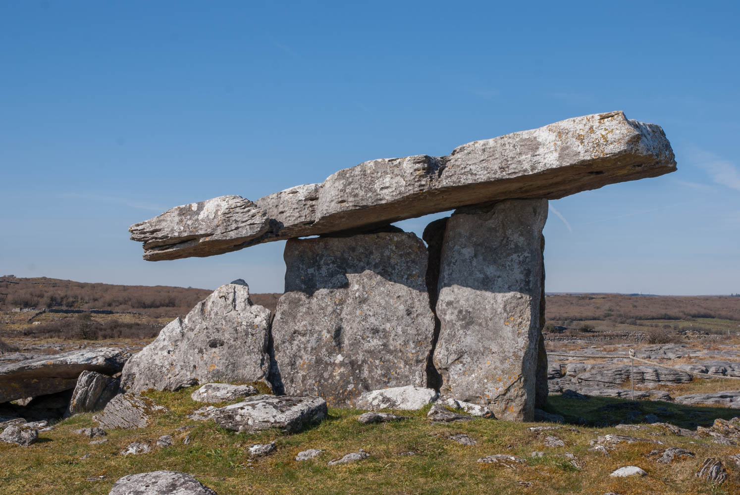Poulnabrone Dolmen in the Burren, Ireland. A neolithic portal tomb dating to 3000 to 4000 BC