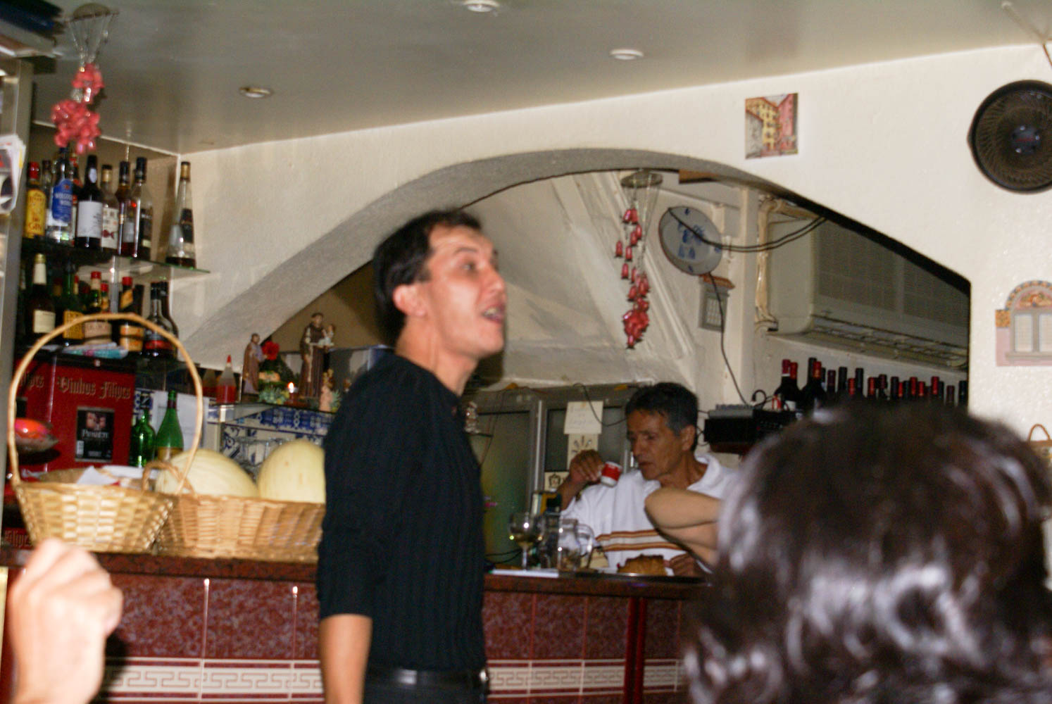 Even the waiters participate