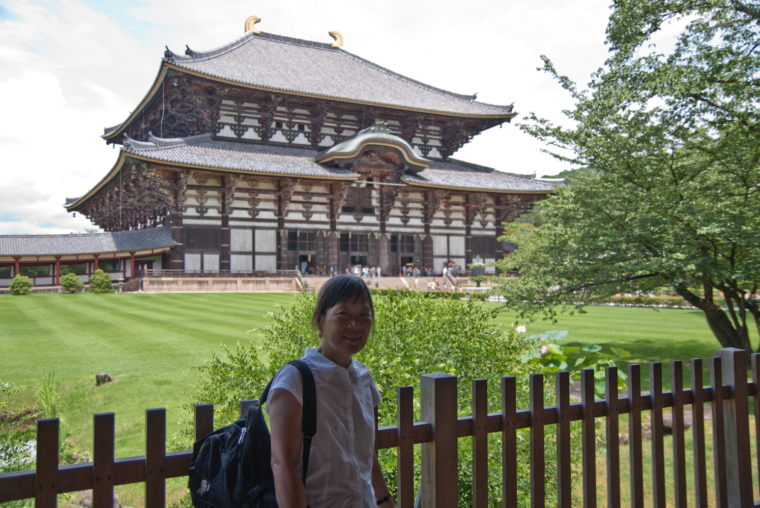 Todai-ji: this large temple contains the largest bronze statue of Buddha . Until 1998 it was the largest wooden building in the world.