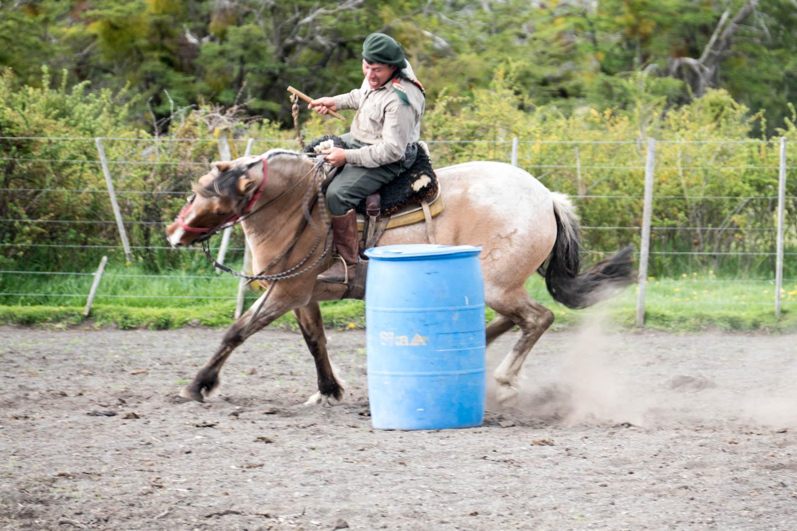 Gauchos running the barrel race