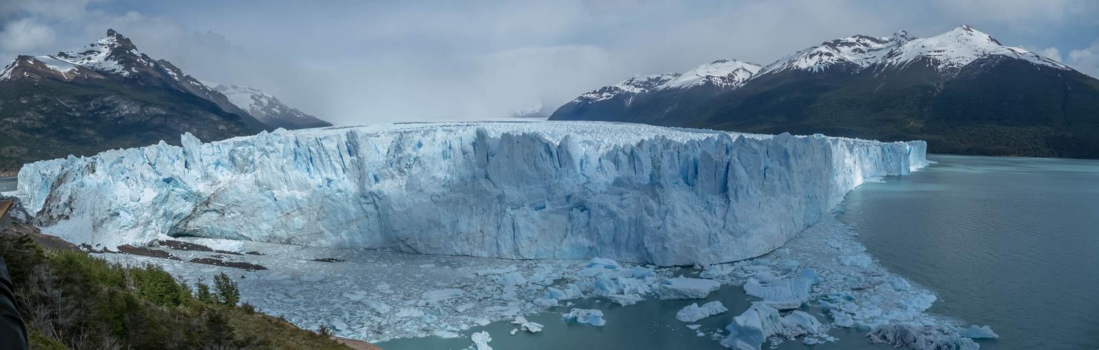 Panorama view of the Perito Moreno glacier