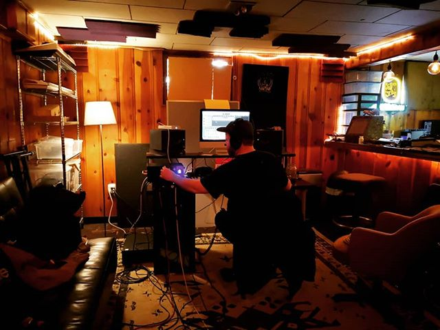 Last year in Portland, recording drums for our upcoming single DARK HEART with @newmove.band and @cooky_parker in the famous basement of the 1414 house. . . . . . . . . . #newmusic #indie #indiepop #indierock #musique #indieband #frenchband #annecy #stonerpop #stonerdisco #makerecordsnotwar #makenoise #maketruth #parismusic #popindé #rockindé #rockandroll #newsingle #diy
