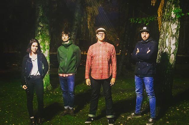 READY FOR ANYTHING. Heres the new us: Juliette Béha on synth, Jean-Bastien Calatayud on bass, Josh Spacek on guitar/voice, Thomas Ibagnez on drums. New single #darkheart drops Oct 25 🔥 . . . . . . . . . . #newmusic #indie #indiepop #indierock #musique #indieband #frenchband #annecy #hautesavoie #rockindé #popindé #stonerpop #stonerdisco #makerecordsnotwar #makenoise #maketruth #darkheart #newsingle #newrecord #love