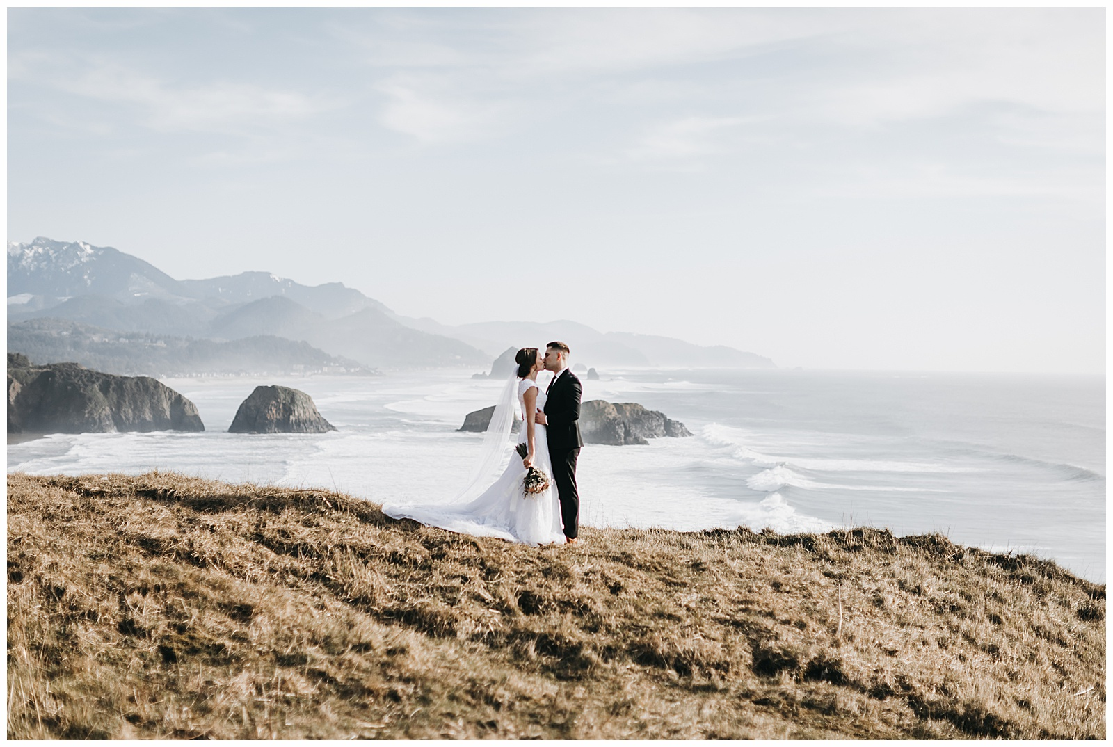Ecola State Park Elopement Oregon Wedding Photographer Annie Zav Photography_0502.jpg