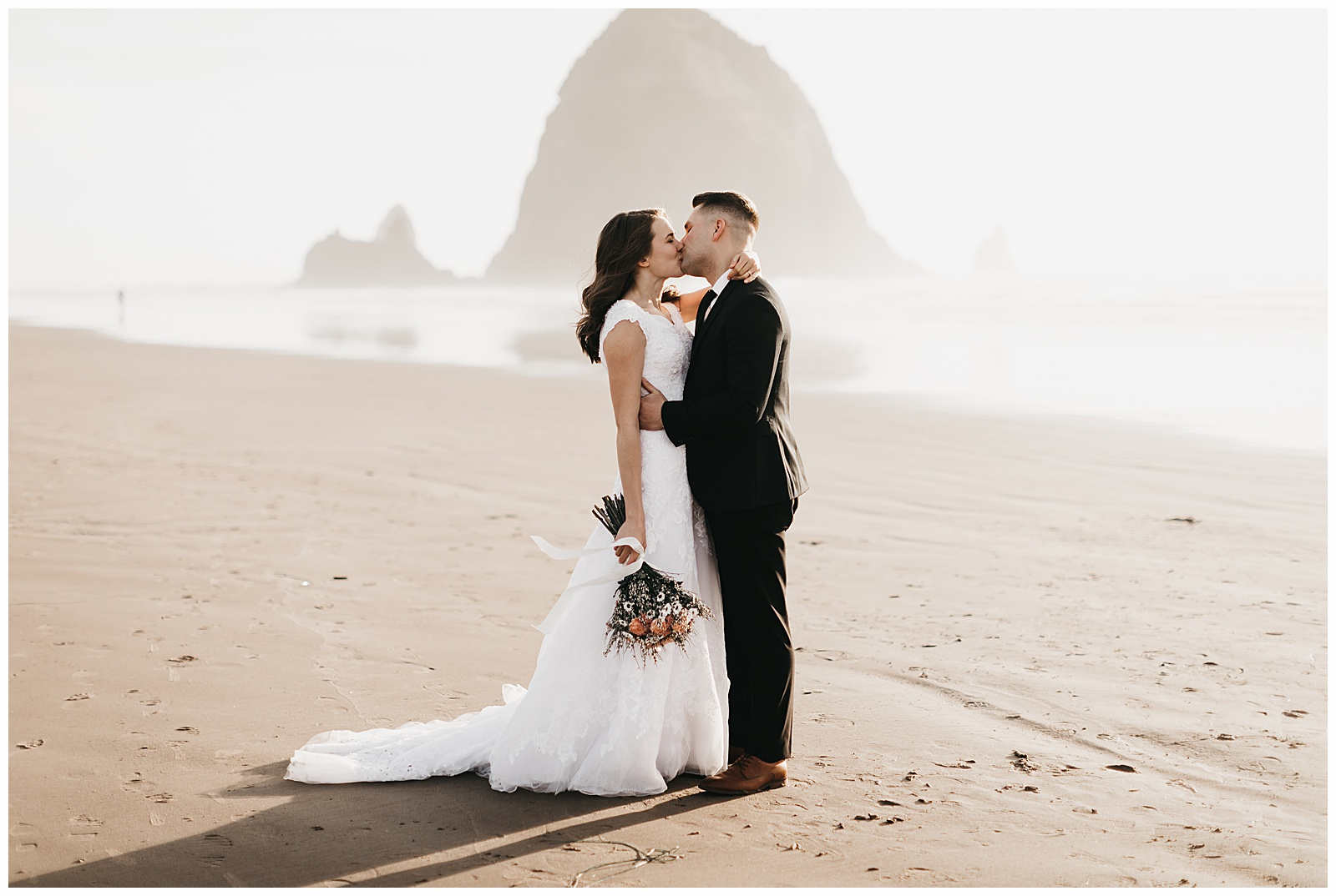 Ecola State Park Elopement Oregon Wedding Photographer Annie Zav Photography_0510.jpg