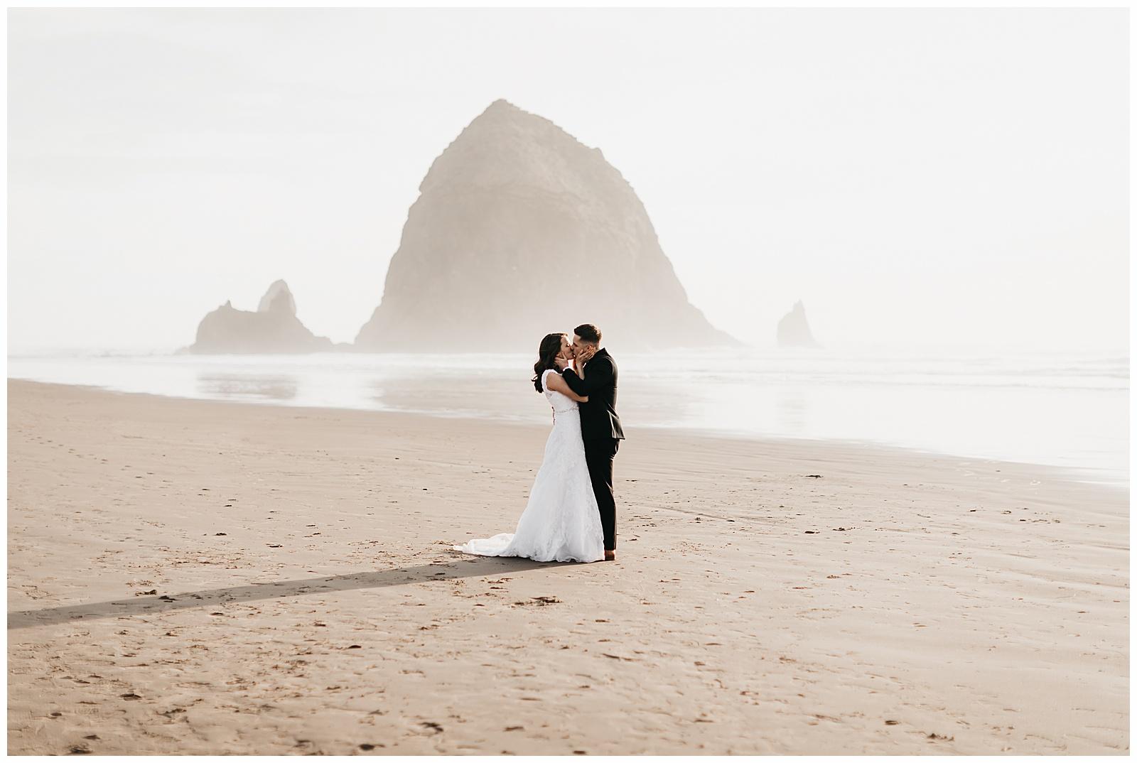 Ecola State Park Elopement Oregon Wedding Photographer Annie Zav Photography_0511.jpg