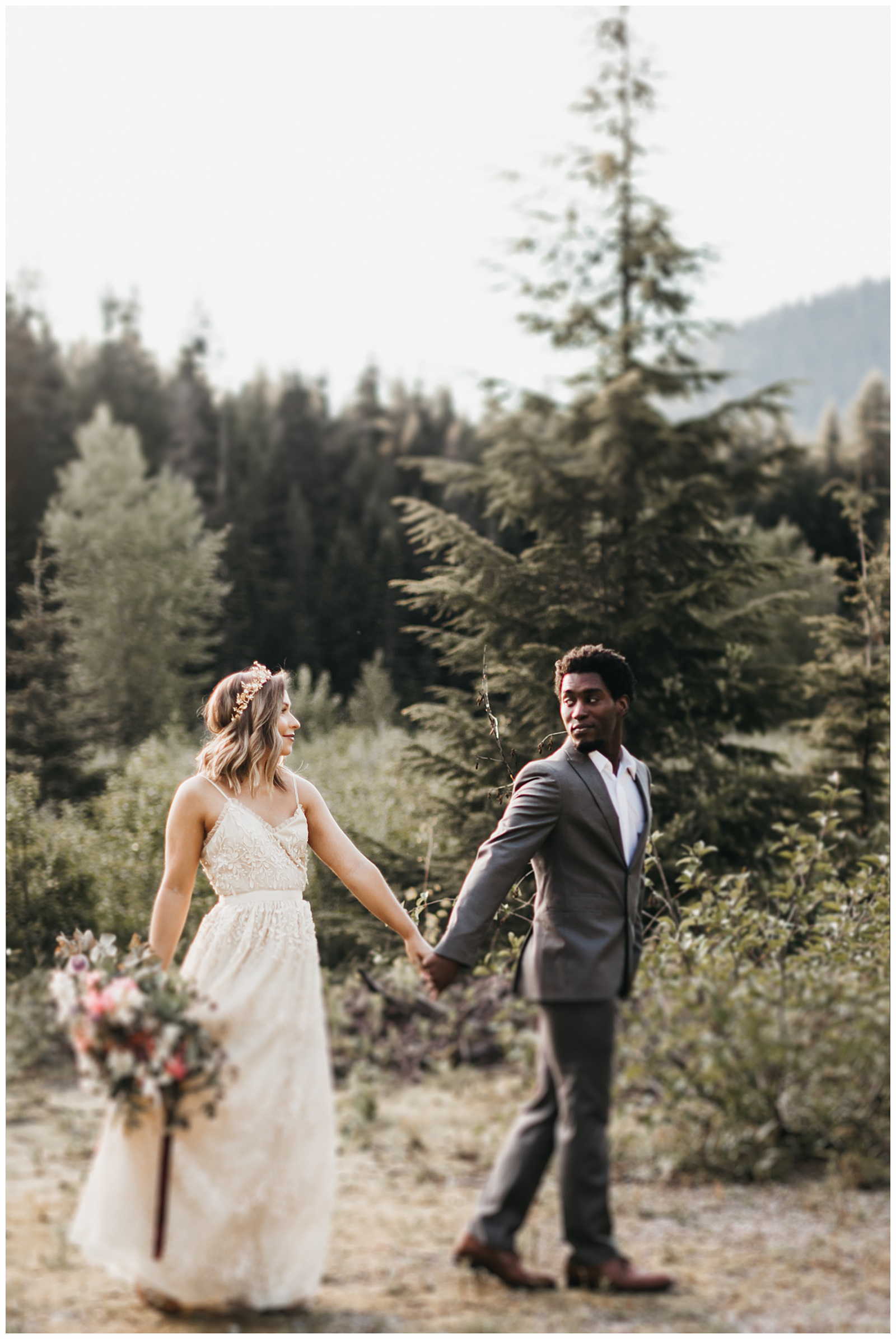 seattle-wedding-photographer-seattle-elopement-photographer-anniezav_0002.jpg