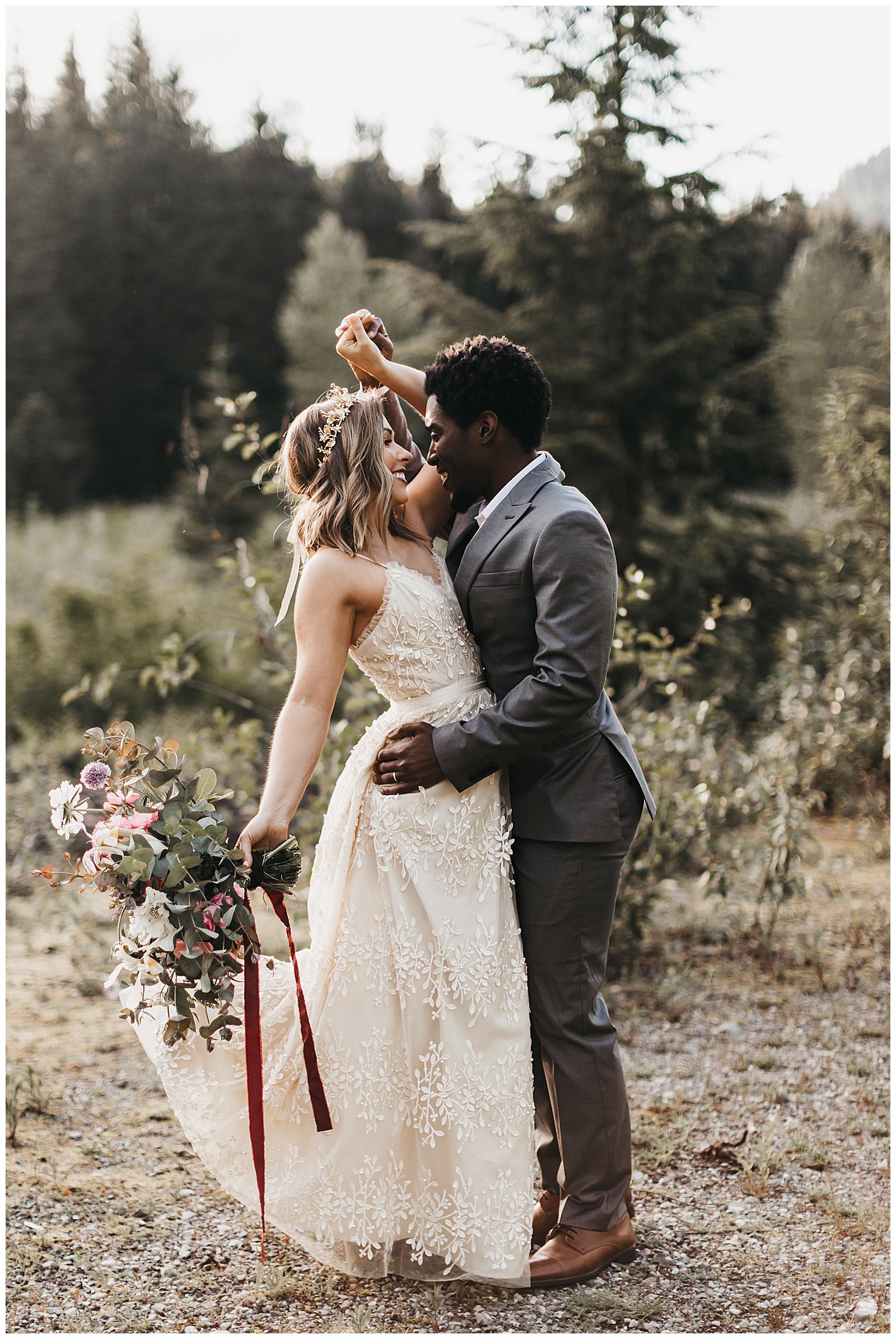 seattle-wedding-photographer-seattle-elopement-photographer-anniezav_0003.jpg