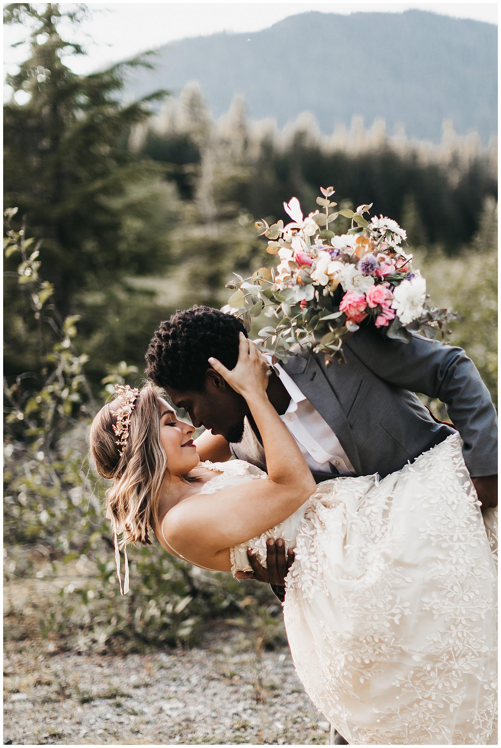 seattle-wedding-photographer-seattle-elopement-photographer-anniezav_0004.jpg