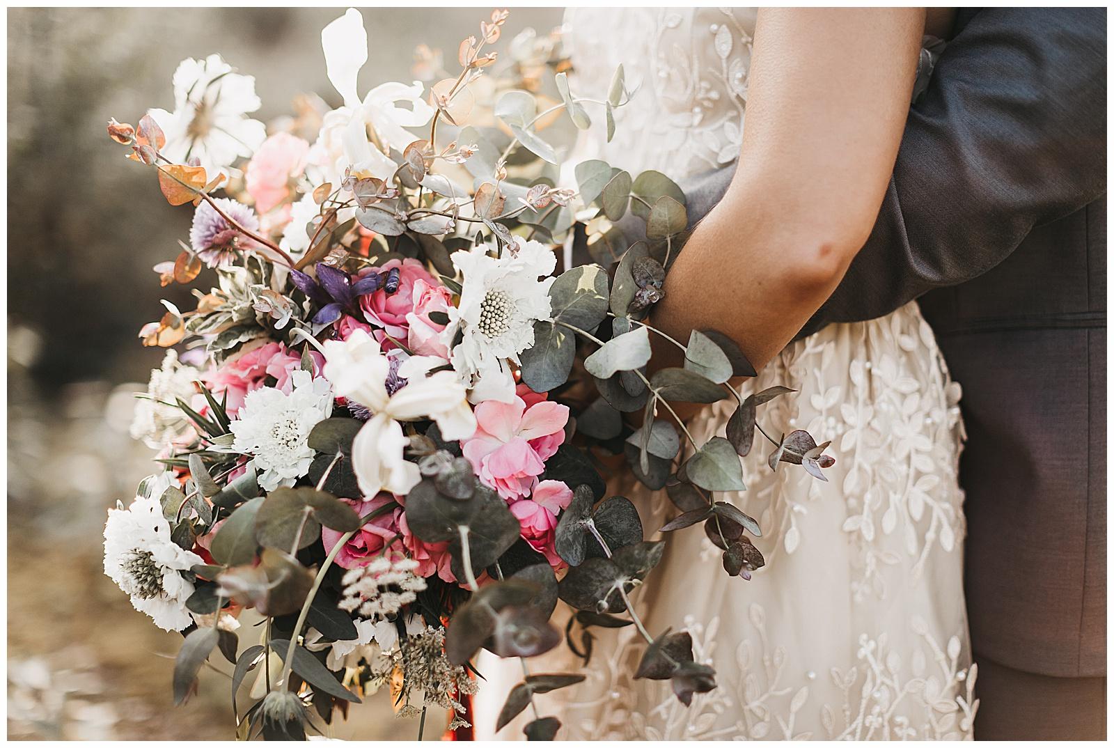 seattle-wedding-photographer-seattle-elopement-photographer-anniezav_0006.jpg
