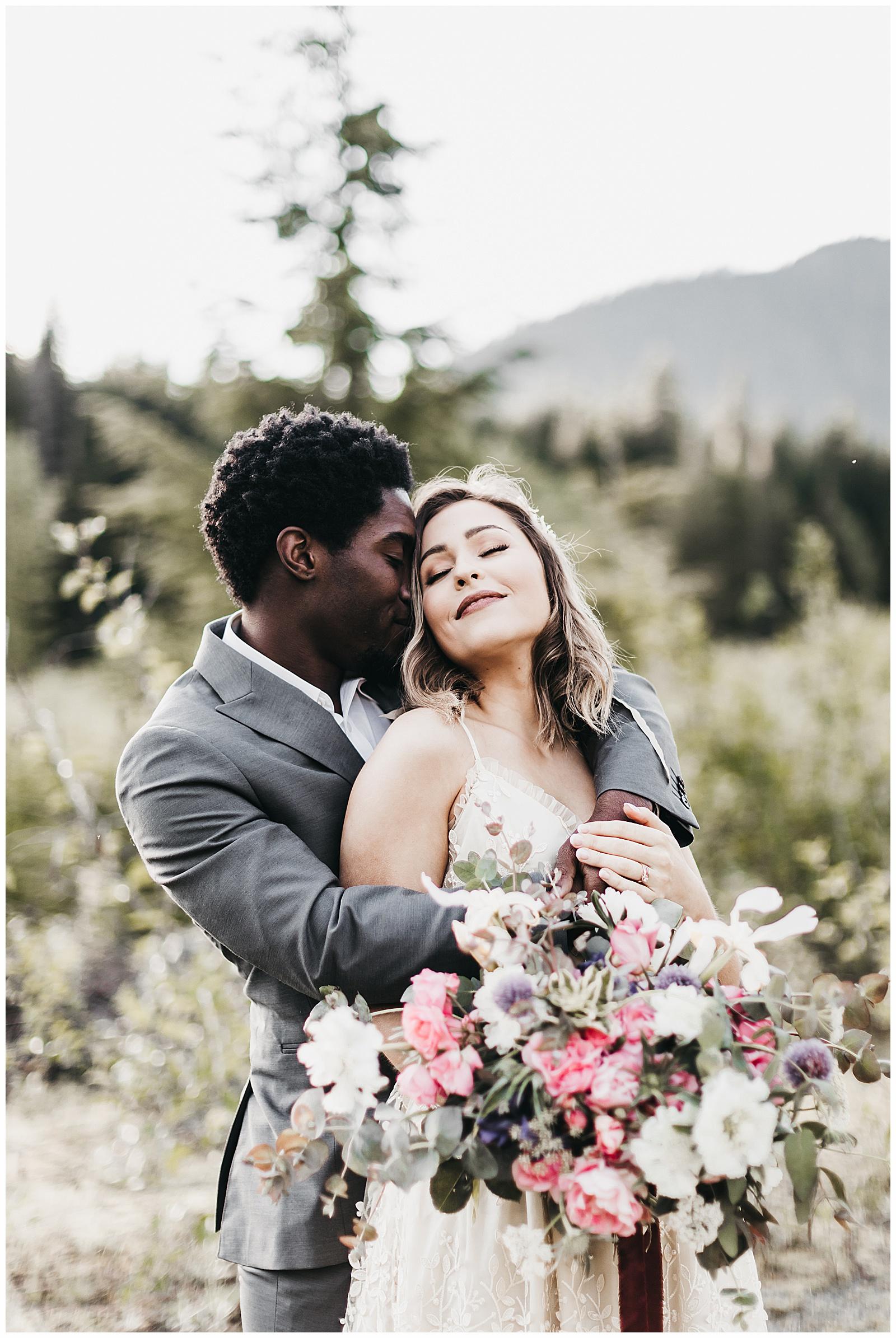seattle-wedding-photographer-seattle-elopement-photographer-anniezav_0012.jpg