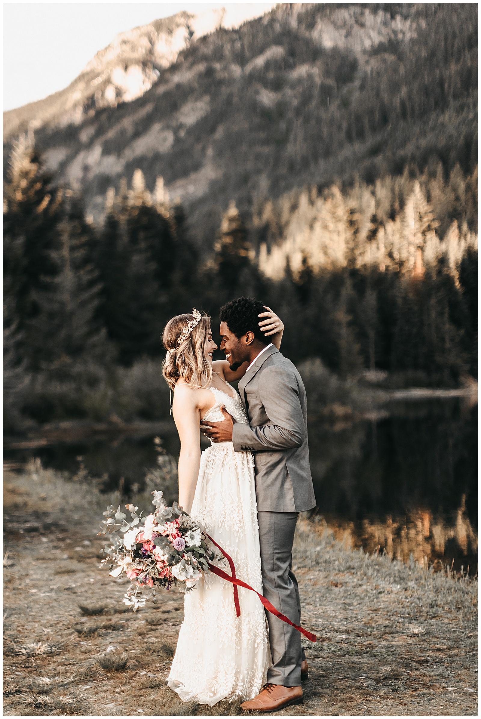 seattle-wedding-photographer-seattle-elopement-photographer-anniezav_0028.jpg