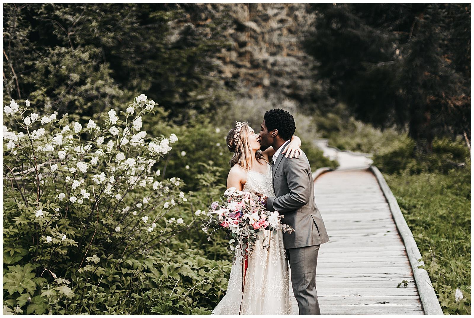 seattle-wedding-photographer-seattle-elopement-photographer-anniezav_0034.jpg