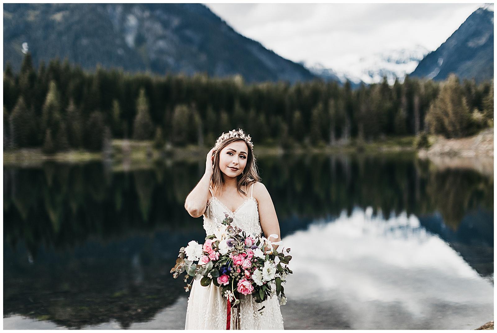 seattle-wedding-photographer-seattle-elopement-photographer-anniezav_0040.jpg